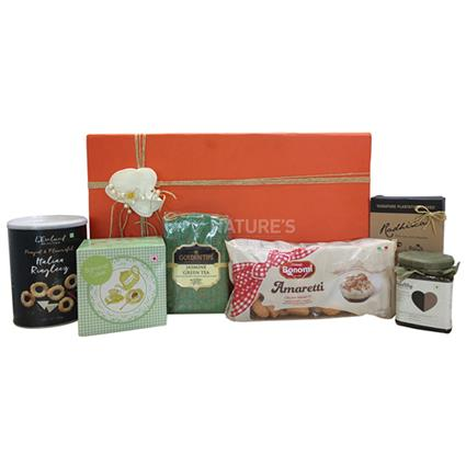 Tea Treat Hamper - Medium - Natures Basket