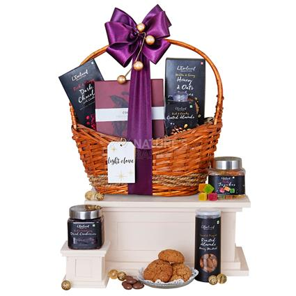 Spoil Me Silly Hamper