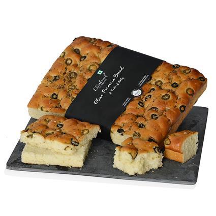 Olive Focaccia Bread - L'exclusif