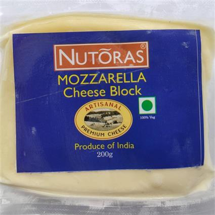 NUTORAS MOZZARELLA CHEESE BLOCK